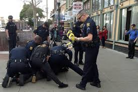 berkeley police officers arrest one man downtown video news  7 berkeley police officers arrest one man downtown video