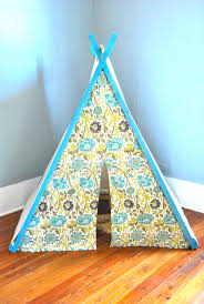 Diy Tent The Feminist Housewife Diy Play Tent