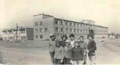 Отчет по практике в Центральной городской больницы Реферат  С этого времени подчиненность по вопросам здравоохранения была передана Ханты Мансийской окружной больнице а по административным вопросам Урайскому