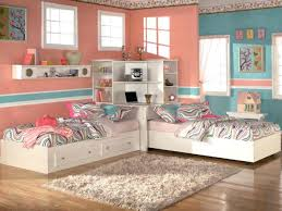 two beds in small room beds in one small room how to arrange a small bedroom with two bunk beds for small rooms