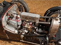 The type 37 was a smaller engined version of the famous type 35 racer, fitted with a 1.5l inline 4 engine producing 60hp. Rare Bugatti Type 37 On Sale Autoevolution