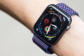 apple watch 4 jadi model terlaris