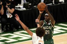 cooking helps Bucks pull away from Suns ...
