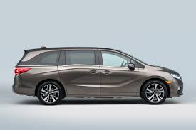 Can the New 2018 Honda Odyssey Save the Minivan?