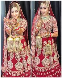 the best wedding makeup artists in delhi use nothing but the finest makeup materials they have high quality and branded makeup toolkits to offer a