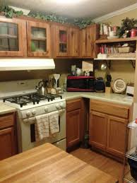 mobile homes kitchen designs 6 great mobile home kitchen makeovers