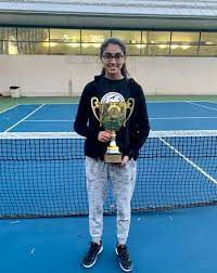 Staten Island Tech valedictorian Miriam Aziz leaves her mark in classroom  and on tennis court - silive.com
