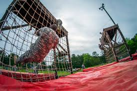u s department of defense photo essay reserve iers tackle the rope ladder obstacles on a team building confidence course on fort