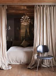 blackout curtains around the bed . . . brilliant! | What is my ...