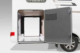𝞝 HYMER TClass CL 𝞝 Exterior View And Stowage Compartments - Exterior access door