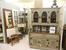 professional furniture paintingprofessionalcabinetandfurniturepaintingvillagebooth02