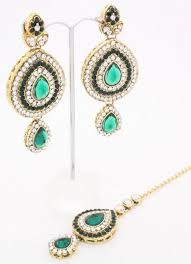 handmade emerald green gold kundan art indian bollywood large chandelier earrings matching tikka head chain matha patti bridal wedding