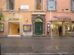 Years Old Apartment By The Spanish Steps With Very Romantic - Small old apartment