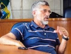 Resultado de imagem para foto do ex-prefeito professor luizinho cavalcante