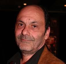 Le comédien âgé de 69 ans a été emporté par un cancer selon les premières informations dévoilées par bfm tv. 9ysuycecwmifem