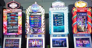 Mesin slot menyempurnakan permainan adiktif.  Sekarang, teknologi menginginkan trik mereka |  The Verge