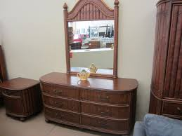 Queen Bedroom Suit Bos Consignment Furniture Bed Room