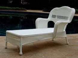 wicker chaise lounge to enlarge
