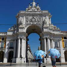 Portugal may go back on UK's quarantine list as Covid cases pass threshold    Portugal