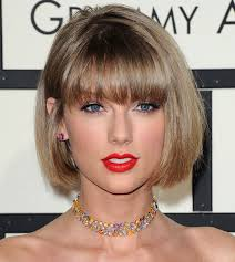 get taylor swift s clic red lip beauty look from the 2016 grammys
