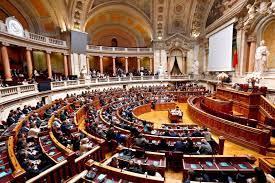 Resultado de imagem para assembleia da republica