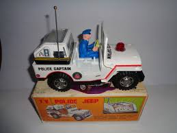 junior toy t v police jeep with box