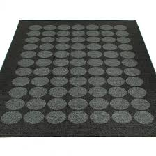 pappelina hugo large rug black
