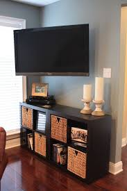 living room with tv. 18 Chic And Modern TV Wall Mount Ideas For Living Room With Tv R
