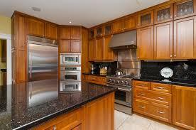 Cherry Shaker Kitchen Cabinets Inspiring Home Ideas