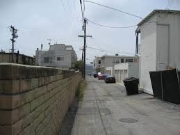 Santa Monica Alley | Santa monica, Sidewalk