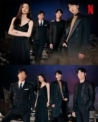 The crew of a space junk collector ship called the victory discovers a humanoid robot. Space Sweepers Netflix In 2021 Song Joong Ki Hallyu Star Actors