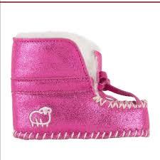 Lamo Baby Moc Pink Glitter Size Medium Nwt