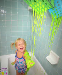 fun bath time ideas for babies. bubble baths are so last year. give your baby an amazing bath-time with these fun ideas for super sensory soaks. bath time babies