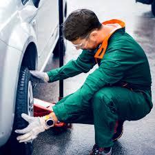 Automotive Lube Technician Job Description Chron Com