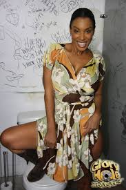Shaved Ebony Babe TGP gallery 284566