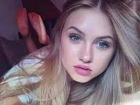 <b>Cute girls</b>