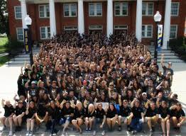 hpu welcomes largest number of incoming freshmen in more than  hpu welcomes largest number of incoming freshmen in more than 30 years