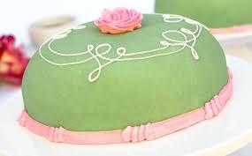 Lovely Princess Cake And Royal Princess Cake 18 Ikea Princess Cake