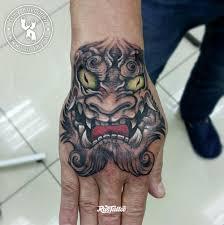 фото татуировки демон они в стиле реализм япония татуировки на