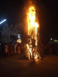 Karthigai Vilakkeedu Devotional Lighting Of Lamps Of Purity On The