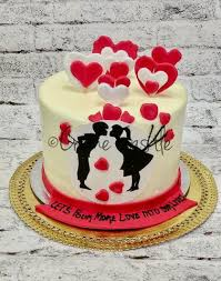 Online Cake Delivery Order Online Send Cake To Noida Creme Castle