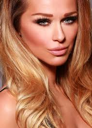 when victoria s secret models wear smokey eyes they look very subtle i immidiately fell in