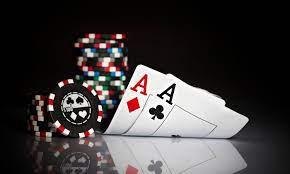 Comparisons Between Daily Fantasy Sports and Poker | FantasyLabs