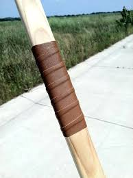 leather wrap handle just a simple no tip overlays bow thanks for looking and sorry about leather wrap handle