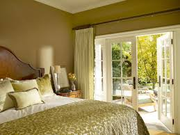 7 nice small bedroom with french doors
