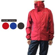 the lightweight rain jacket which can conjugate as a windbreaker only as a waterproofing jacket widely the material adopts tpu 10 000ex which realized