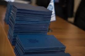 В Ростовском филиале МГТУ ГА выпускникам вручили дипломы   В Ростовском филиале МГТУ ГА выпускникам вручили дипломы