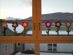 Ideenreise Blog Bastelvorlagen Frühlingsblumen Fensterdeko
