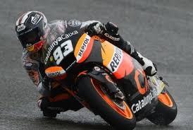 Marquez reste imperturbable même sous la pluie | GP inside via Relatably.com