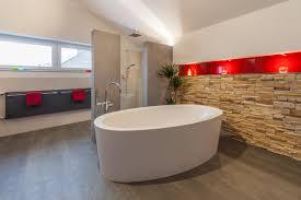 Bad Renovieren Dachschräge Badezimmer Mit Schräge 8 Tipps Zum